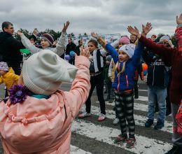 Сотрудники «Автотор» получили традиционные выплаты на подготовку детей к школе