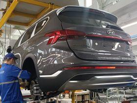 АВТОТОР приступил к выпуску нового поколения кроссовера Hyundai Santa Fe