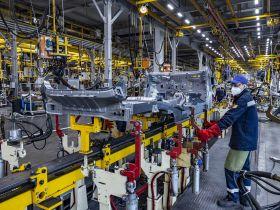 На заводе АВТОТОР создается 300 новых рабочих мест