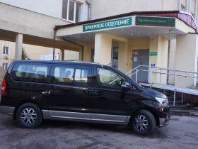 «Автотор» подарил Детской областной больнице микроавтобус Hyundai H1